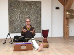 Andreas Gläser, Yoga-Lehrer