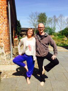 Lilian Güntsche (CEO & Founder The Dignified Self) mit Yoga-Lehrer Andreas Gläser von Vasishta Yoga