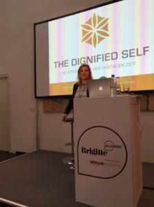 LilianGüntsche-KeynoteSpeakerin_BrigitteSymposium_THEDIGNIFIEDSELF